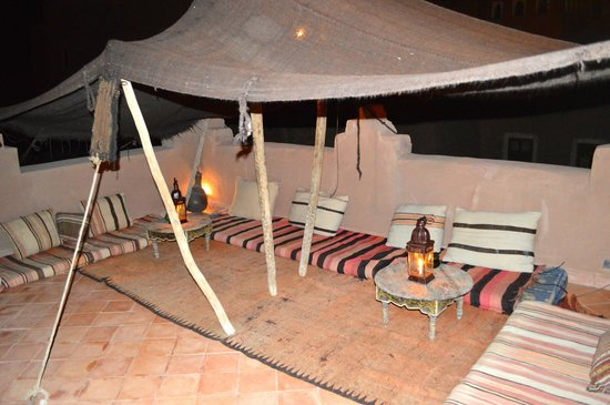 Dar Kamar : Section of the roof top terrace