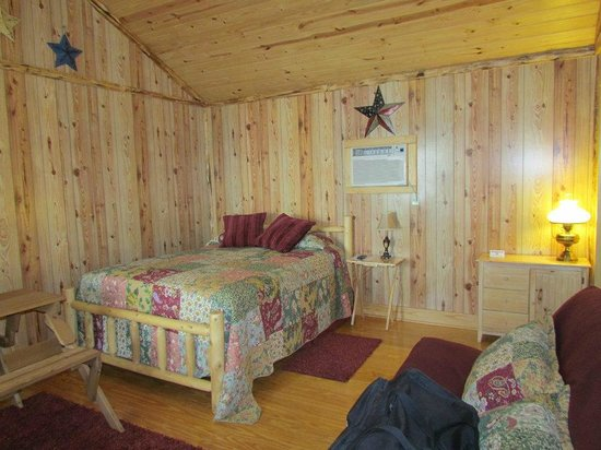 Lone Star, TX: Inside of our cabin