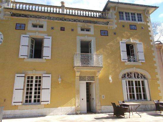 Chateau de la prade : Front of Chateau