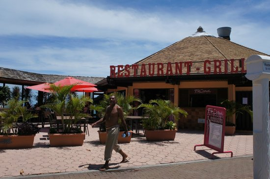Le Fun Beach : exterior do restaurante
