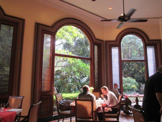 The Oberoi, Bengaluru: Le Jardin Restaurant for breakfast