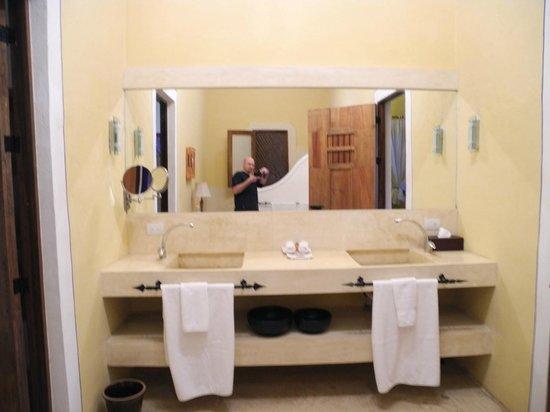 Hotel Hacienda VIP: riesen Bad