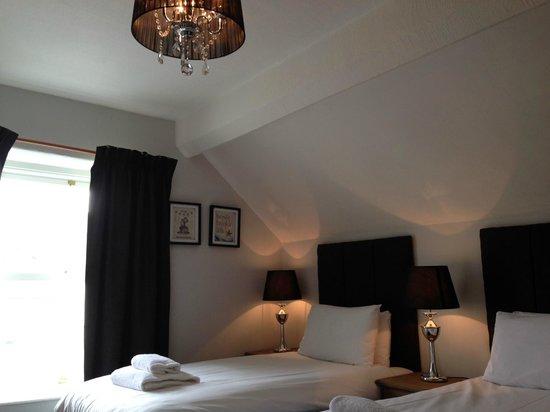 The Sunnyside: Room 17