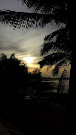 Victoria Phan Thiet Beach Resort & Spa: Sunrise view from our bungalow