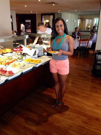 Porto Bay Rio Internacional Hotel: Breakfast buffet! And best coffee ever!