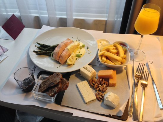 Mercure Hotel Amsterdam West: Room service