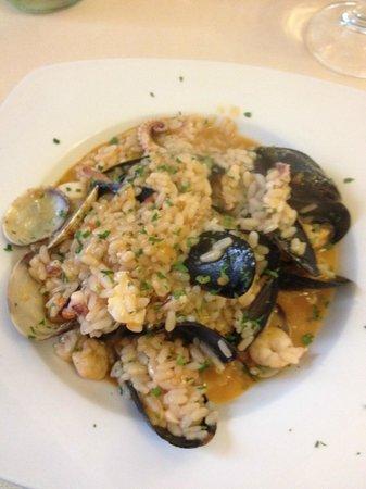 Trattoria Il Maestro del Brodo: Seafood risotto
