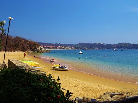 Las Brisas Huatulco: Great Activities Beach