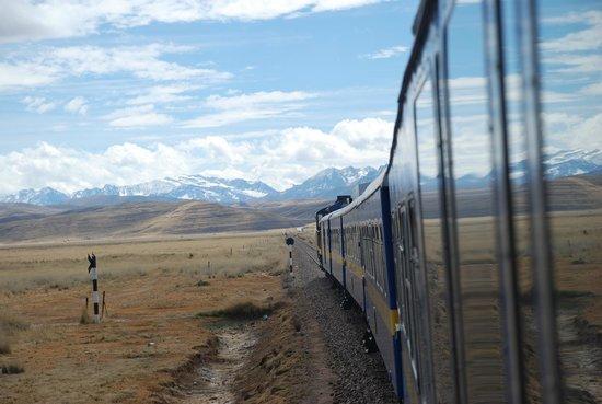 PeruRail Titicaca: DPlains and Distant Mountains
