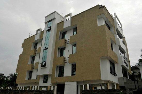Hotel Aarian Aatithya : Hotel Building
