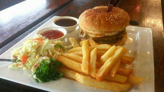 Cicerello's: Beef burger meal ~juicy and yummy!