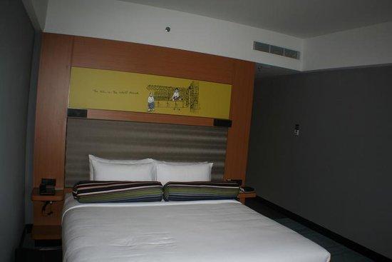 Aloft Kuala Lumpur Sentral: Massive bedroom