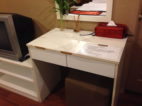 The Cottage Suvarnabhumi: Worn furniture