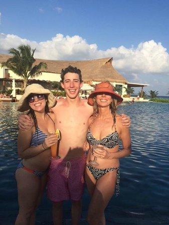 Grand Velas Riviera Maya: Ambassador Pool