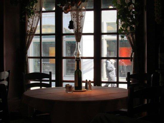 Restaurant Parmesan : Window table