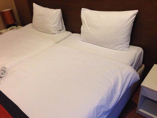 The Cottage Suvarnabhumi : Bed