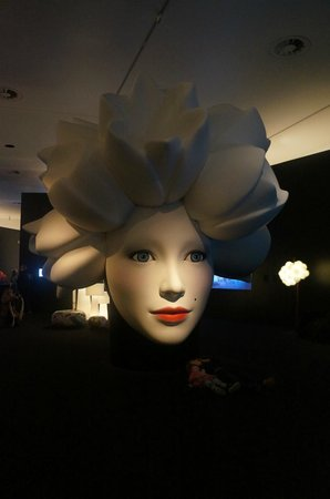 Stedelijk Museum (Museum für moderne Kunst): Ах, как красиво!