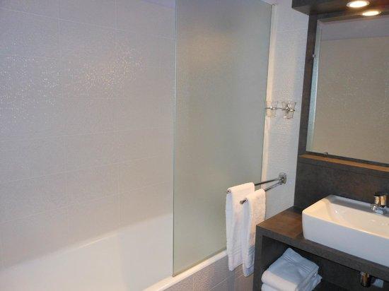 Hotel Bellevue: Salle de bain