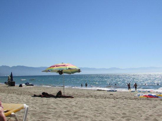 Crown Paradise Golden Resort Puerto Vallarta: beach