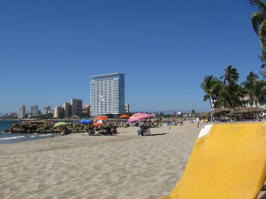 Crown Paradise Golden Resort Puerto Vallarta: looking down beach towards marina