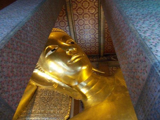 Wat Pho (Tempel des liegenden Buddha): il viso