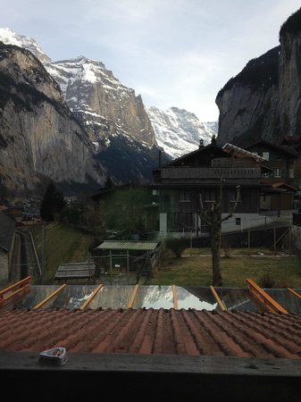 Valley Hostel : The view from our room