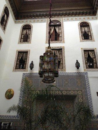 Le Patio de Fes: le finestre delle camere