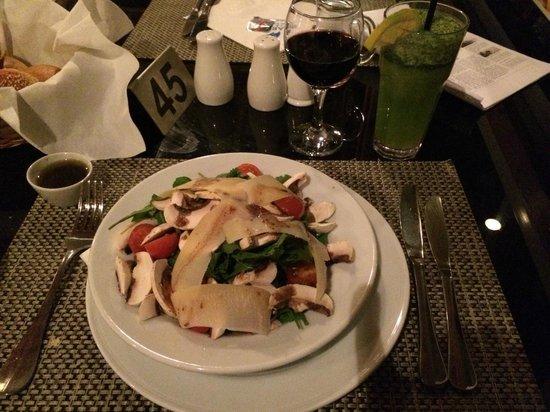 Marina Plaza Hotel Tala Bay : Restaurant salad
