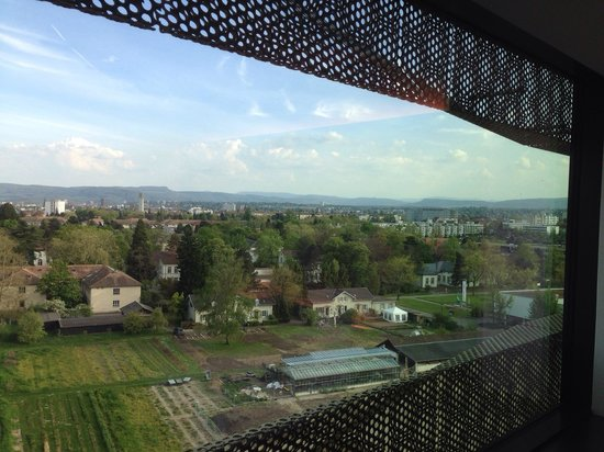 Airport Hotel Basel : Вид из окна