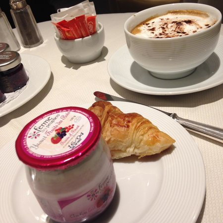 Hotel San Regis: breakfast
