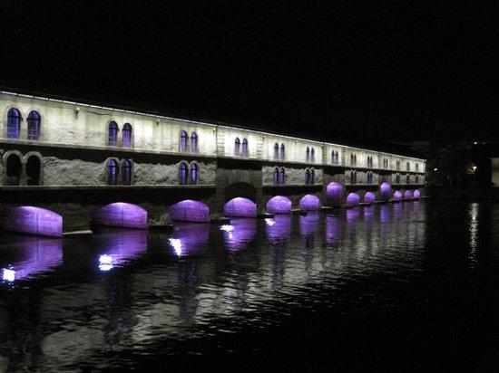 Barrage Vauban : Por la noche
