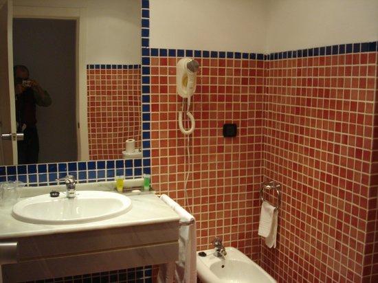 Hotel Teruel Plaza: Bagno