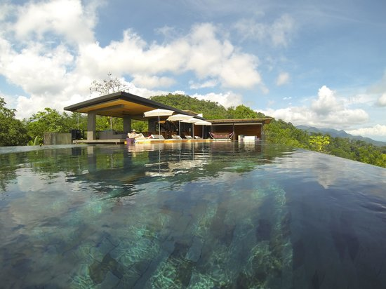 Kura Design Villas Uvita: They have swimming.