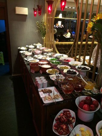 Sultania Restaurant: Lots of choices