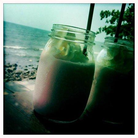 Warapura Resort: Delicious Strawberry Ice Cream Shake
