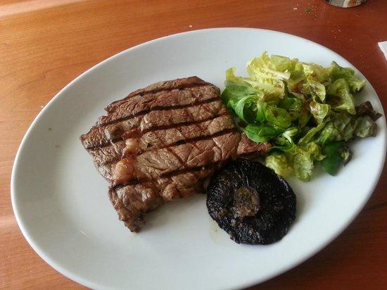 Mussel and Steak Bar : Simple Steak
