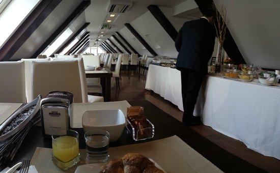E' Hotel : colazione