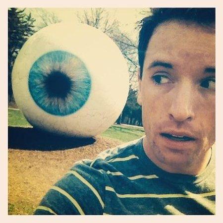 Laumeier Sculpture Park: Massive eye ball!
