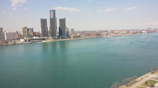 Best Western Plus Waterfront Hotel: view of detroit