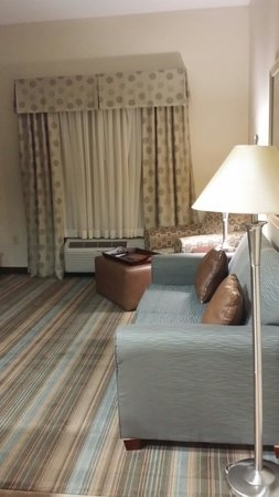 Homewood Suites by Hilton Slidell: Welcome entry