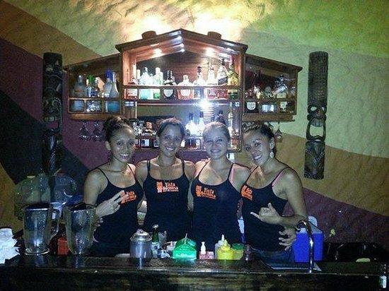 Vida Hermosa Bar y Restaurante: Las meseras mas hermosas dela zona!