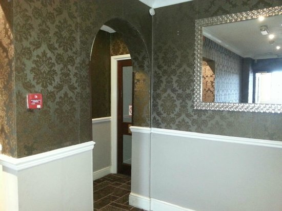 Quality Hotel Birmingham South/NEC : corridor