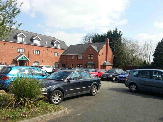 Quality Hotel Birmingham South/NEC : car park