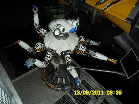 PortAventura Park: little robot