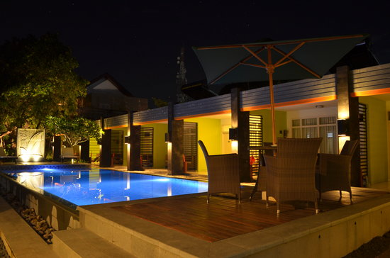 Griya Asri Hotel: Swimming Pool