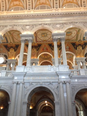 Bibliothèque du Congrès : A giant foyer , beautiful !