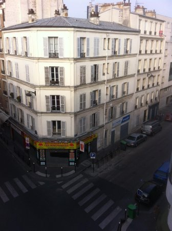 Hotel Apollon Montparnasse: View from room 401