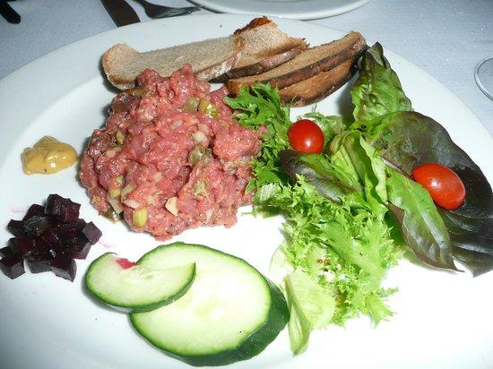 The Olive Tree: Steak tartare - fabulous!