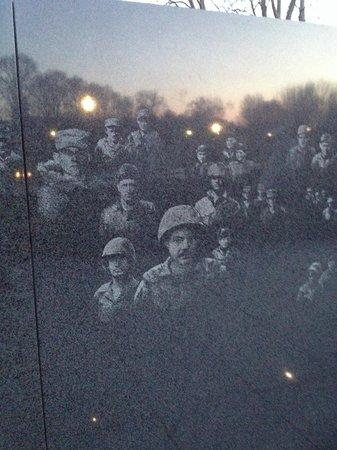 Monumento a los veteranos de la Guerra de Korea: So detailed