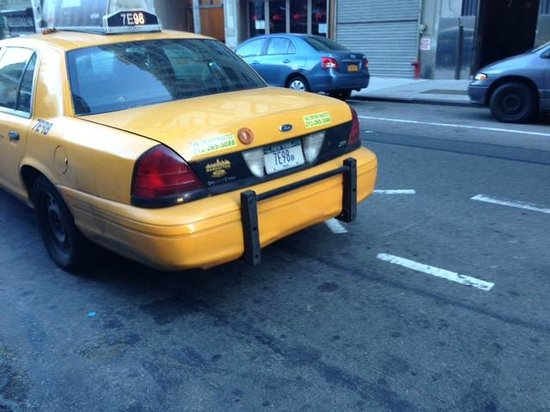 Holiday Inn Express New York City - Chelsea : Breakfast Thieving NY Taxi Driver